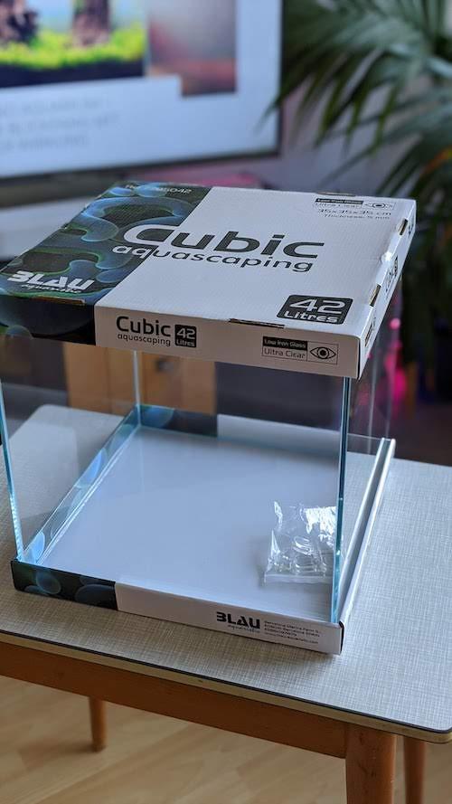 Blau Aquarium Aquascape Cube